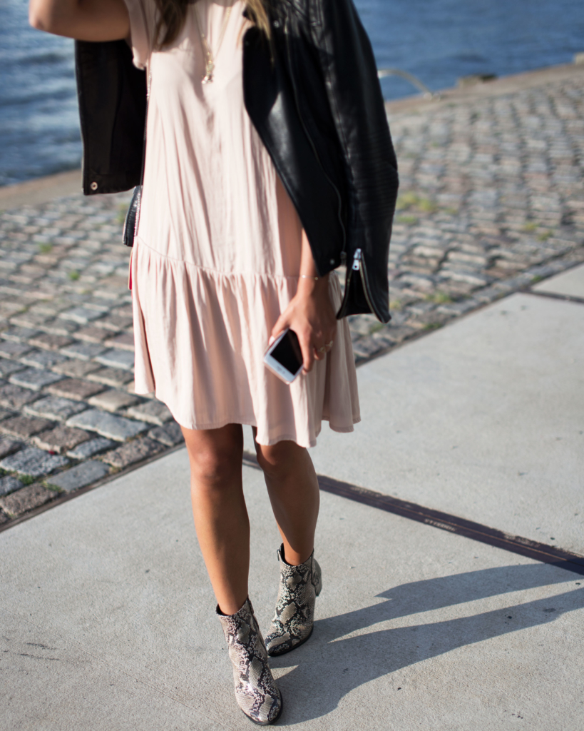 Boots: Ecco, Dress: American Vintage, Jacket: Zara