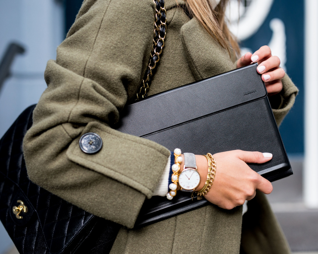 Coat: Edited, Bag: Chanel, - HUAWEI MateBook