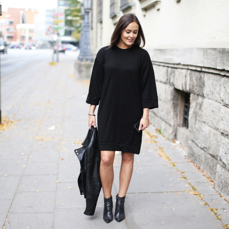 Herbstlook, All Black, Lederjacke, Ankle Boots, Python Boots, Strickkleid, Iphone 5s
