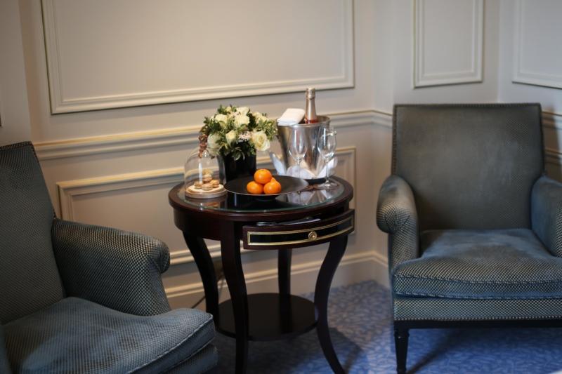 begrüßung sekt paris hotel