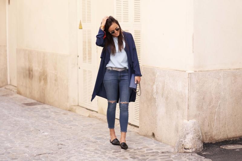 blaue jeans mit löchern
