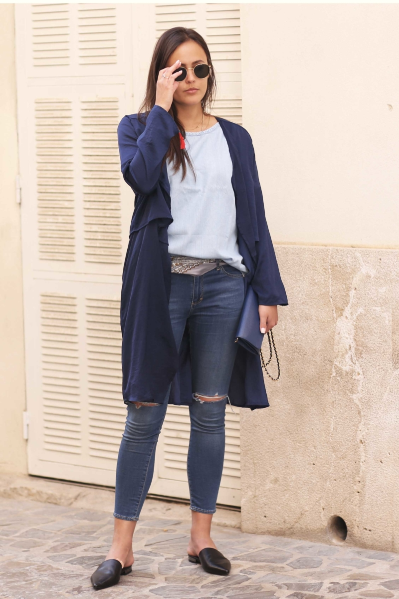 blue jeans babouches und mantel