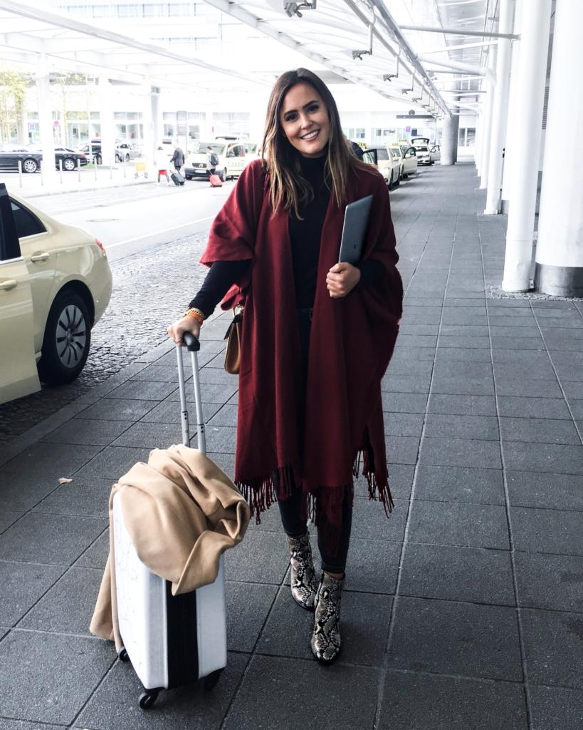 Travel - Koffer, Jacke, Schal, SchlangenSchuhe