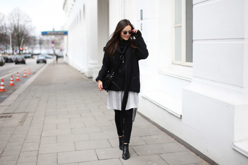 black knits