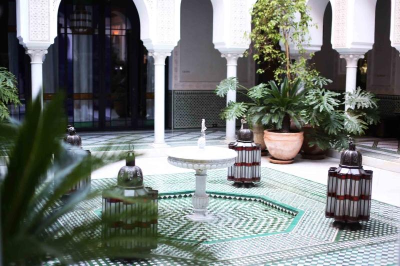 Springbrunnen im Hotelinnenhof