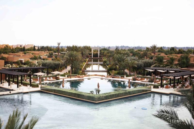 mandarin oriental hotel poollandschaft
