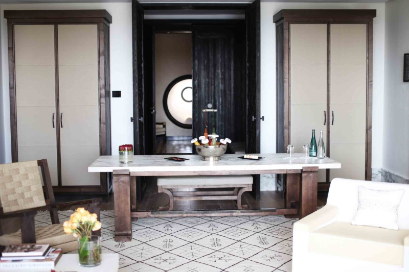 mandarin oriental hotel tisch mit getränken