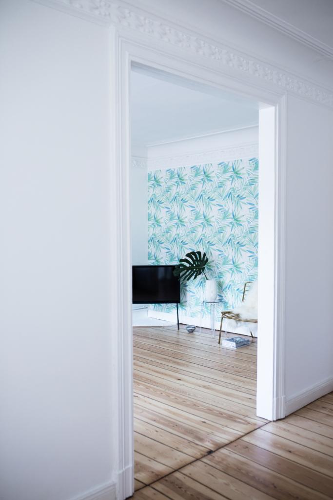 Fertige Wand mit Tapeten-Kollektion