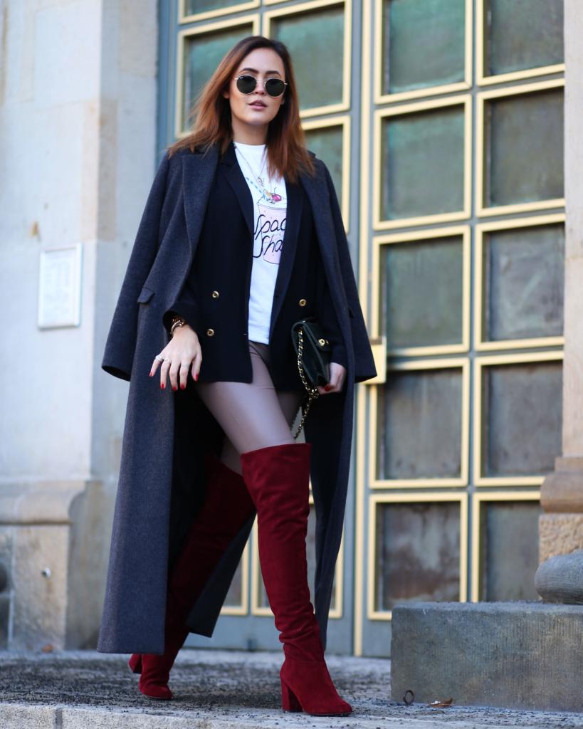 elegante Schuhe suche nach original Laufschuhe Mein Winterlook mit Lederhose und dunkelroten Overknee Stiefeln