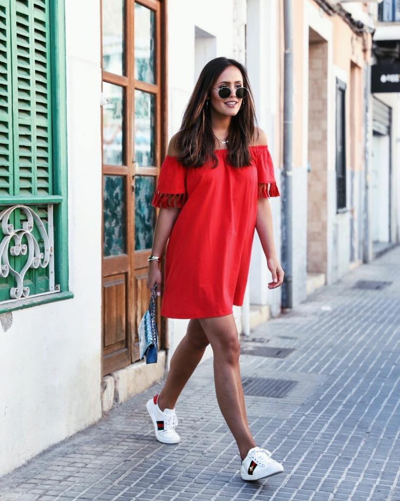 Mein rotes Off-Shoulder Kleid von Asos mit Fransen